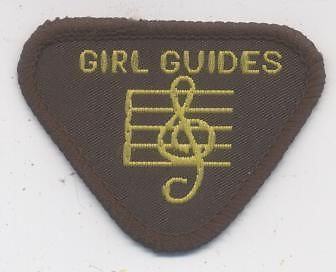 VINTAGE-GIRL-GUIDE-INTEREST-BADGE-MUSICIAN