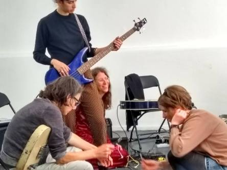 Facilitating Iron Maidens, guitar workshop in Den Haag
